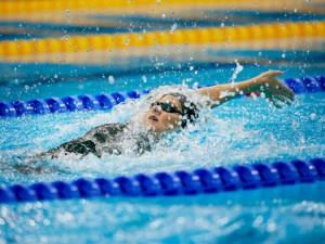 04_08_12_Swimming_02_sd